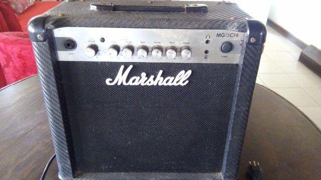 Marshall amplificador MG15CFR usado