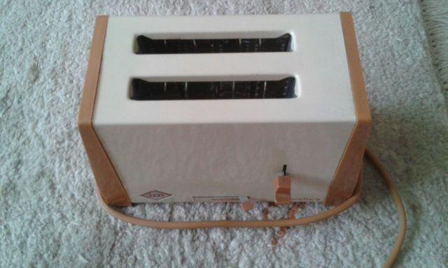 Tostadeira Faet 2 Fatias Modelo 607 - 115 Volts