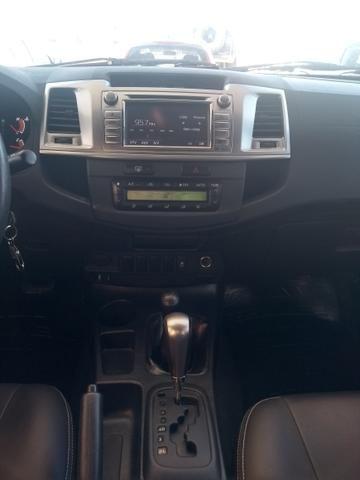 Toyota Hilux CD SRV 4x4 3.0 AUT TOP DE LINHA - Foto 12