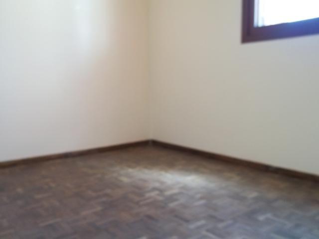 Apartamento dois dormitórios c/sacada grande, Fragata/Guabiroba - Foto 8