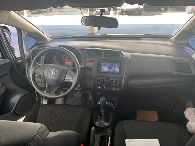 BAIXEI! Honda FIT AUT promoção ! 46.990AV única dona! 52.000km entrada 27.990 + parc 688 - Foto 3