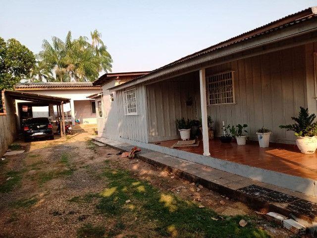 Vendo duas casas mesmo terreno Pimenta Bueno bairro seringal valor 270mil - Foto 5