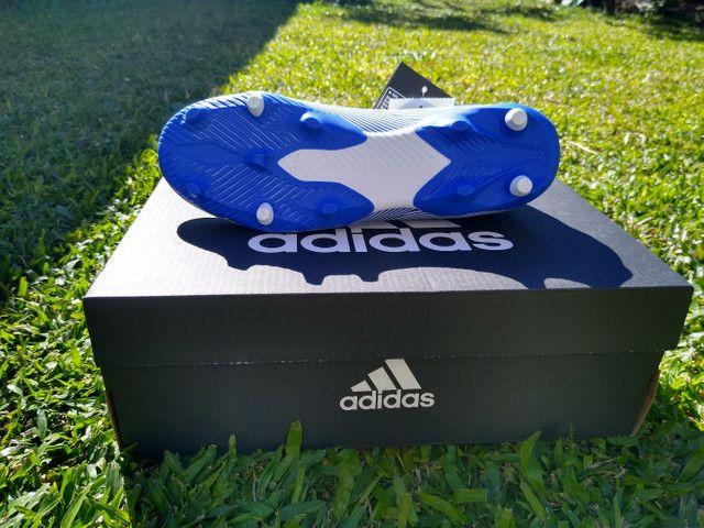 Chuteira Adidas Nemeziz 19.3 com cadarço  - Foto 4