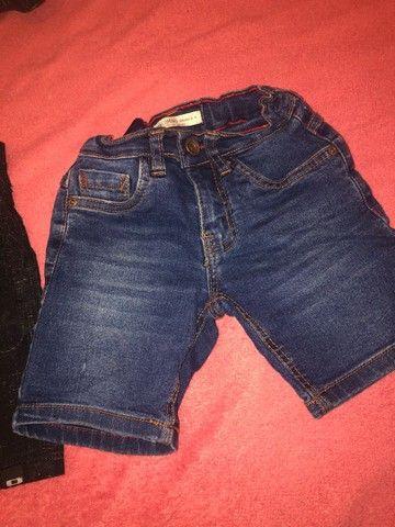 Lote de roupa calça jeans ,shot e bulsa da Cea 15$ - Foto 6