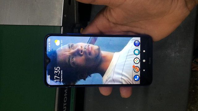 Xiaomi redimi8A 64 gb