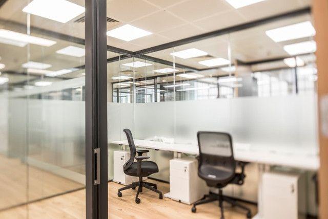 Um ambiente de escritório com o tamanho ideal para o que você precisa.