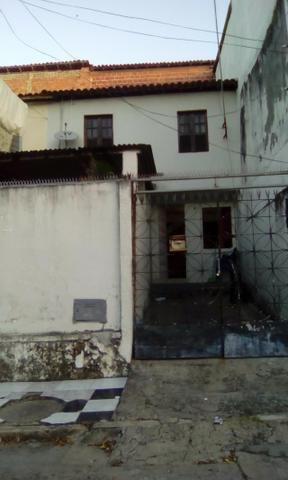 Excelente Casa em Castelo Branco 2/4 com garagem R160 Mil