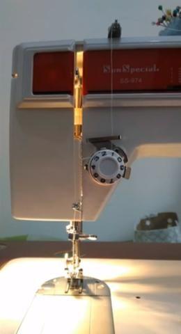 Máquina de costura doméstica, Sun Special ideal para costureiras e alfaiates. Rápida - Foto 4