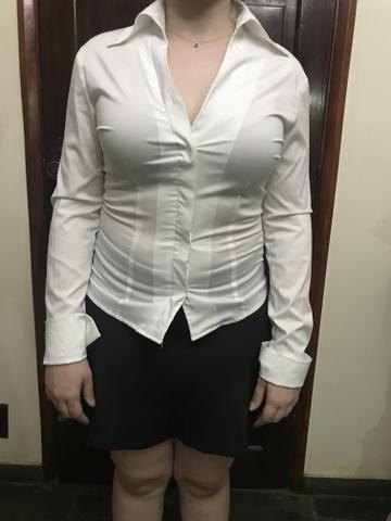 Camisa branca tamanho M