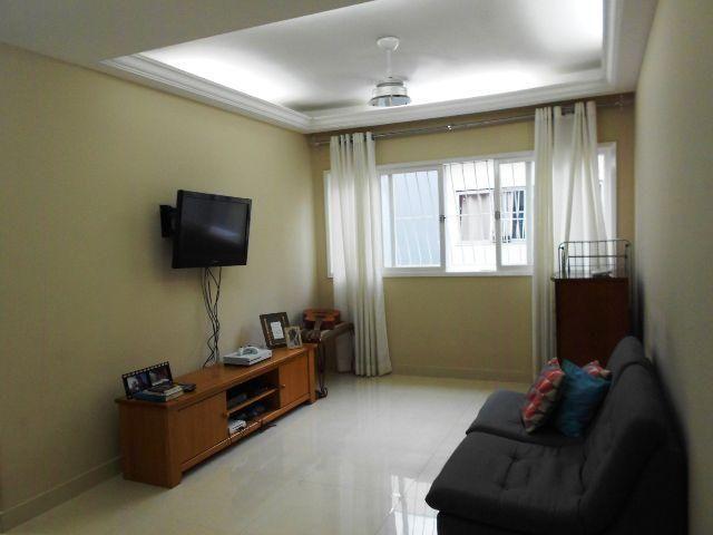 Apartamento espaçoso de 3 quartos