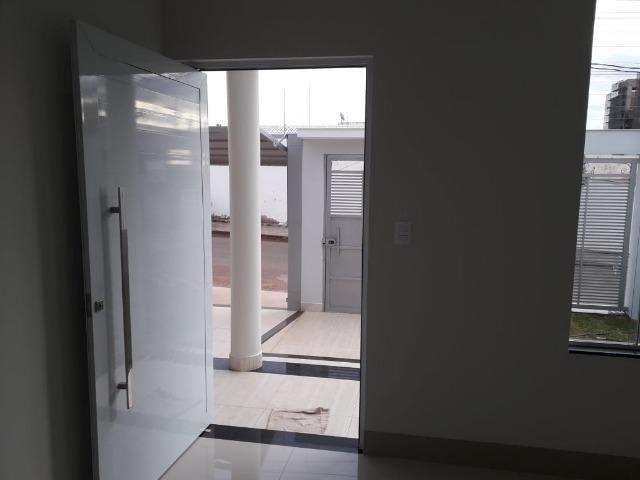Ótima casa nova no bairro Califórnia em Patos de Minas/MG - Foto 11