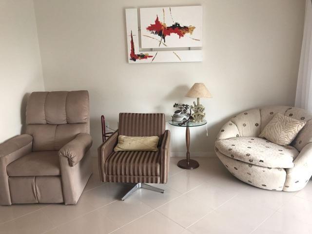 Com piscina privativa e sacada gourmet, cobertura duplex mobiliada à venda em Meia Praia - Foto 5