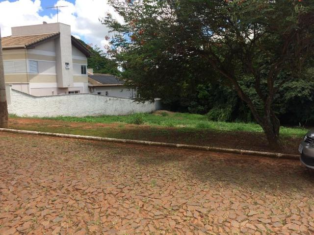 Terreno no condomínio Riviera do lago em Araxá - Foto 2