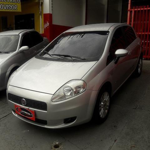 Fiat Punto Attractive 1.4 Flex Completo.2011