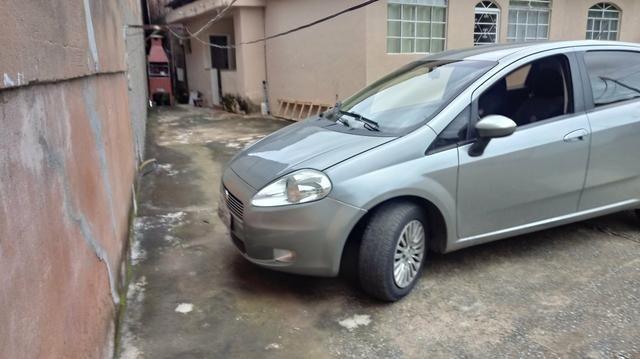 Vendo um punto 1.6 essence. carro completâo! meu Whatsapp - Foto 2