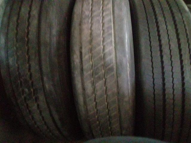 Pneus Usados p/ Caminhão Caminhonete (225 65 R 17, 235 70 R 16) - Foto 5