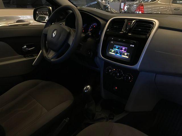 Renault Logan 1.0 Expression 2020 - Foto 8