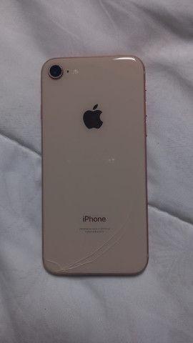 IPhone 8 Dourado 64GB