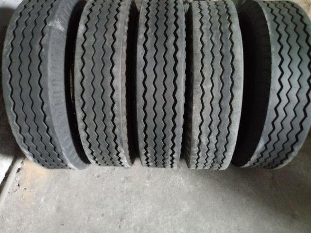 Pneus Usados p/ Caminhão Caminhonete (225 65 R 17, 235 70 R 16) - Foto 6