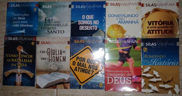 Coleção de livros do Silas Malafaia - Foto 3