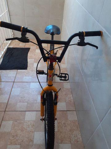 Vendo bicicleta, linda!!! Só buscar e andar!!! - Foto 2