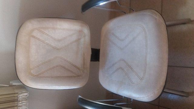 Cadeiras de espera em couro - Foto 3