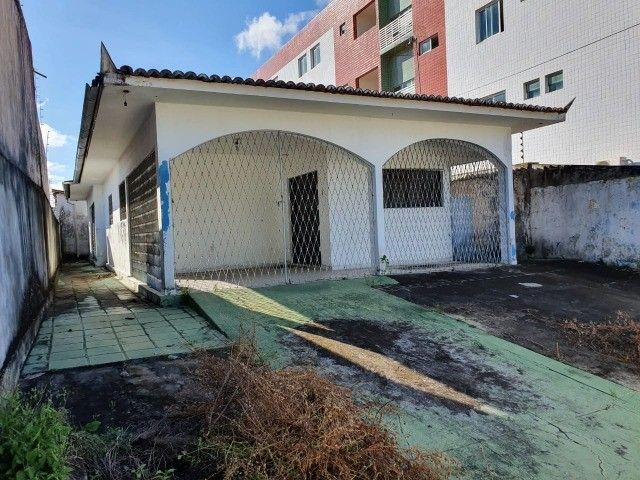 Linda casa com 04 quartos muito bem localizada no Cristo Redentor - Foto 14