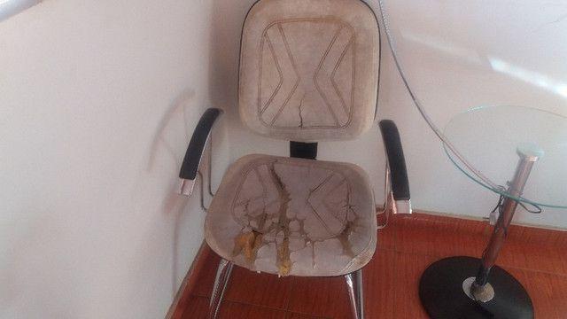 Cadeiras de espera em couro