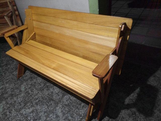 Torrando Banco que vira mesa de Tatajuba (madeira nobre) - Foto 2
