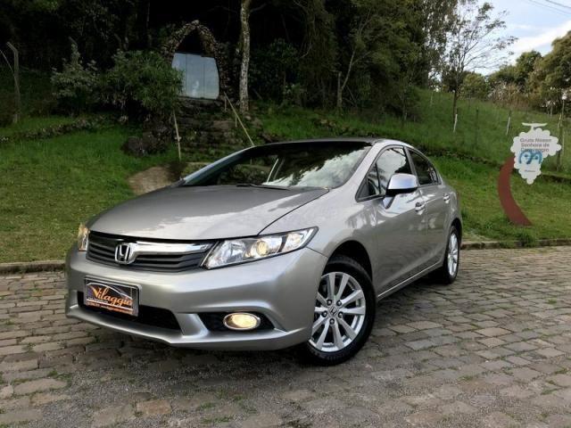 Honda   Civic LXS 2013   Automático