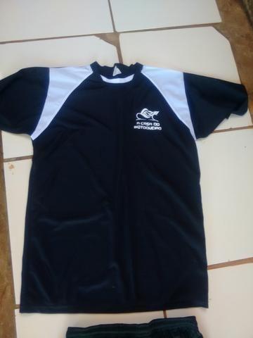 Vendo jogo de camisa. para time 200 reais