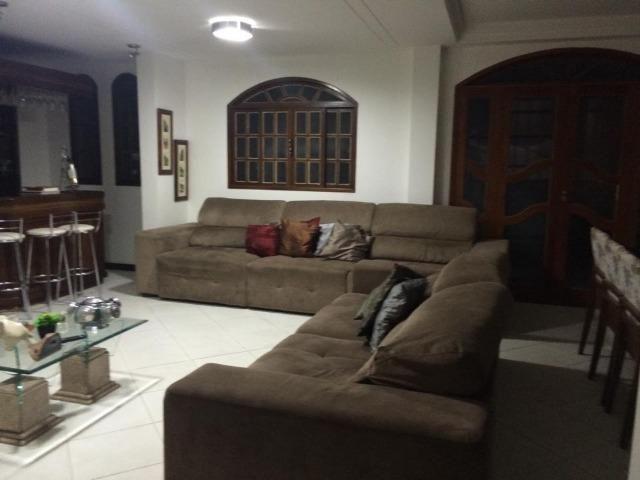 Linda casa triplex, 3 quartos, 3 vagas de garagens, Piscina e churrasqueira - Foto 7