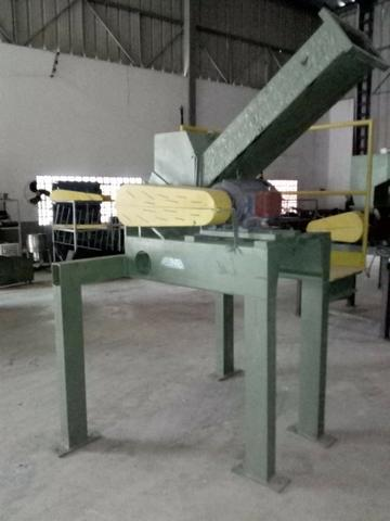Moinho triturador de plástico Rone 240 x 200 mm - Foto 3