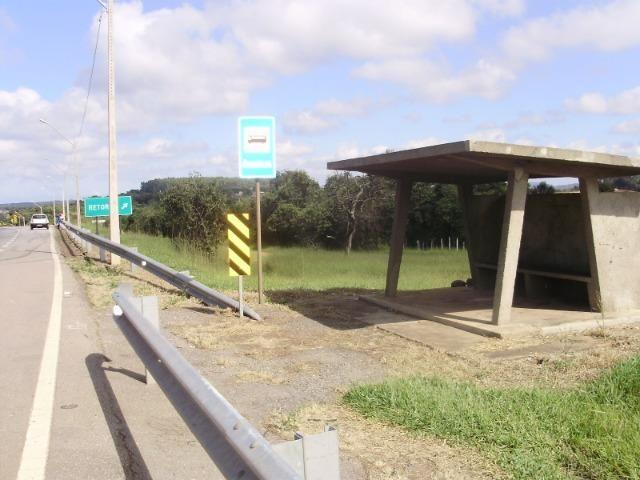 Chácara com 1500m² em Itaguara ônibus na porta