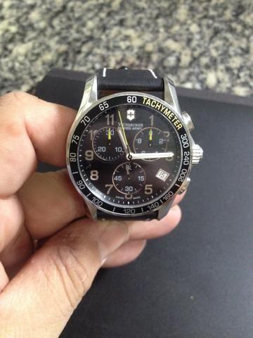 9fa7c762926 Relógio Victorinox Tachymeter - Bijouterias