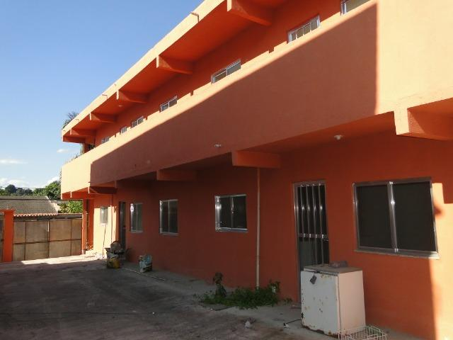 Casa de Vila, na Vila Rosário - ótima localização ao lado da netflex