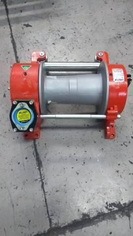Redutores e componentes hidráulicos  - Foto 2