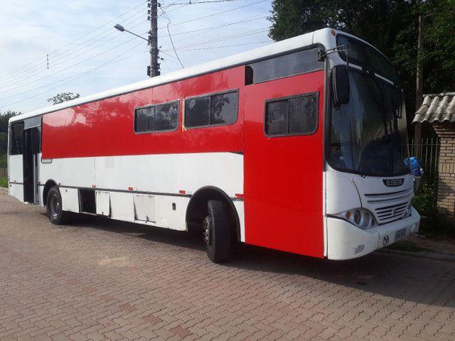 Onibus docum motorcasa ano 2000 aceito F4000/MB 608 Até R$20.000.00
