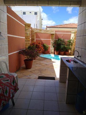 Excelente e ampla casa 3 suits e piscina Proximo a Faculdades, e comercio e Hospital - Foto 12
