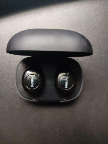 Fone de ouvido bluetooth Philips seminovo - Foto 2