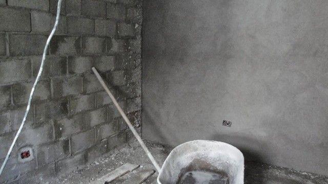 Precisa chapiscar e rebocar suas paredes ? Aqui você encontra o melhor preço - Foto 2