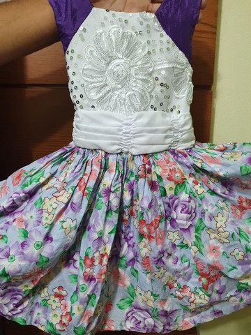 Vestido infantil florido - Foto 2