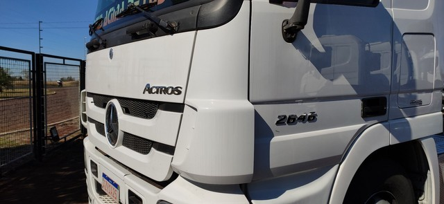Actros 2646 LS 6x4 Canelinha 2014/2014 - Foto 16