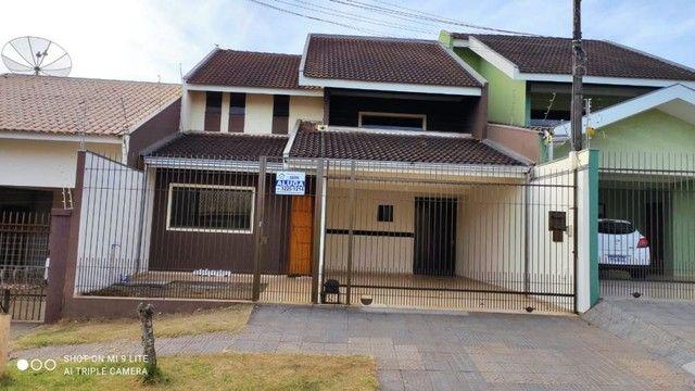 LOCAÇÃO | Sobrado, com 3 quartos em Jardim Guapore, Maringá