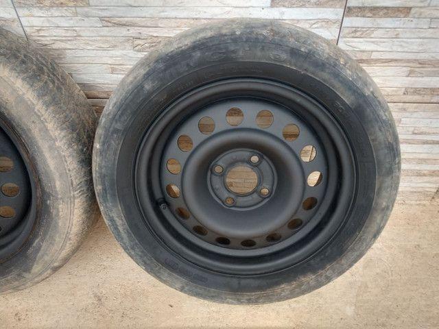 Jogo de rodas 14 de ferro semi novas de furação 4x100 - Foto 4