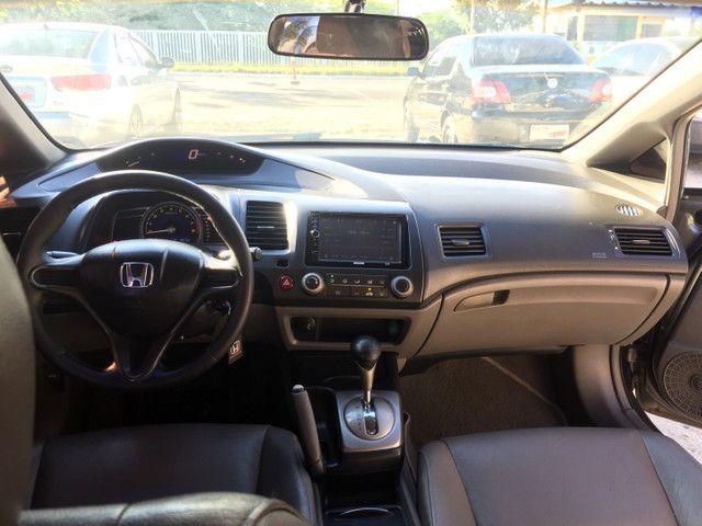Civic 1.7 automático banco de couro, carro top - Foto 4