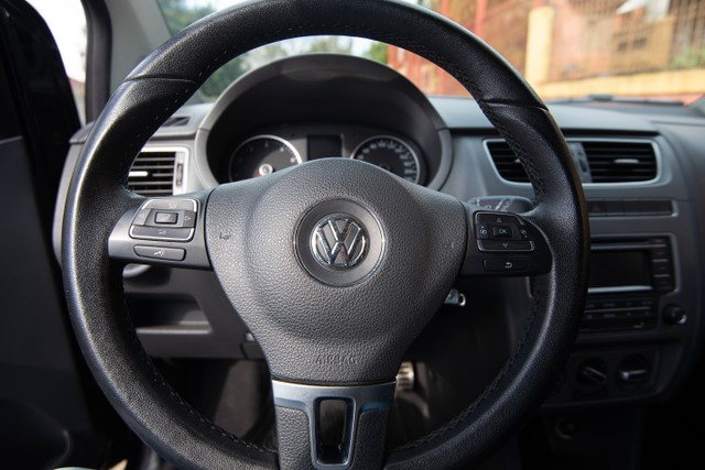 Volkswagen Fox 1.6 VHT Highline (Flex) - Foto 12