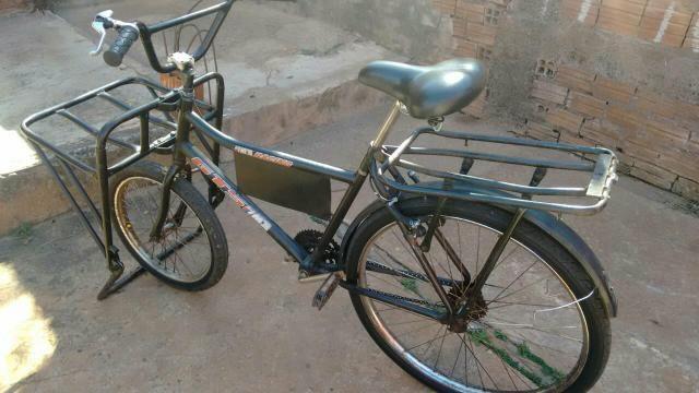 Bicicleta cargueira em ótimo estado só pegar e andar