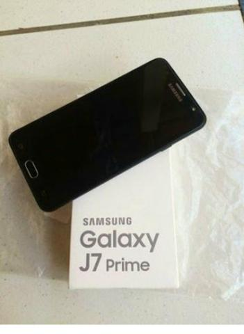 J7 prime na caixa