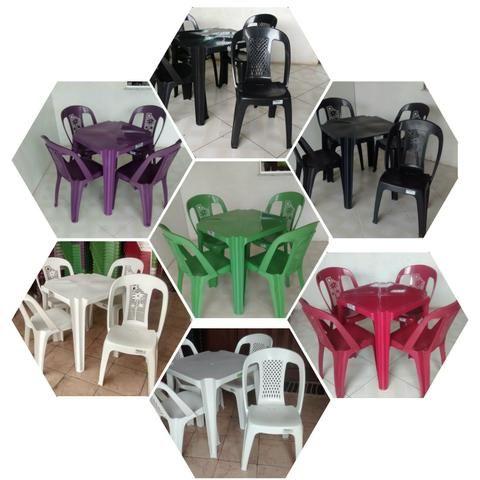 Mesas e Cadeiras - Oferta de Carnaval